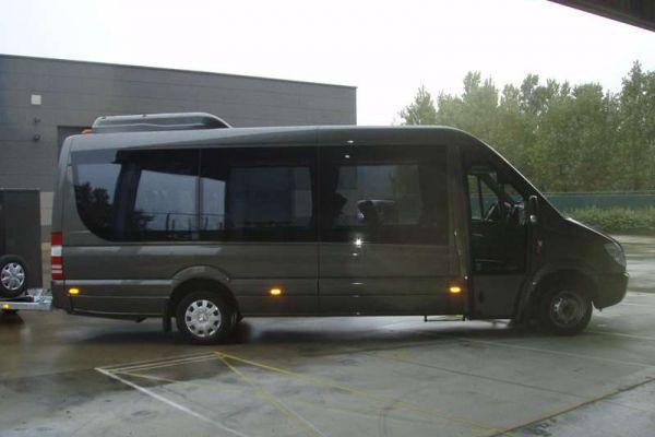 sprinter-minibus-a10F9226B-41A0-7AC0-90C4-19C257B96A7E.jpg